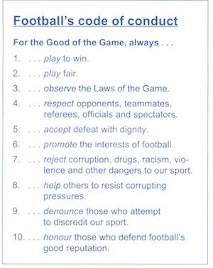 133-FIFA news 1995-12.jpg