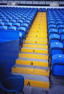 168-1996ECシェフィールドの黄色い階段.jpg